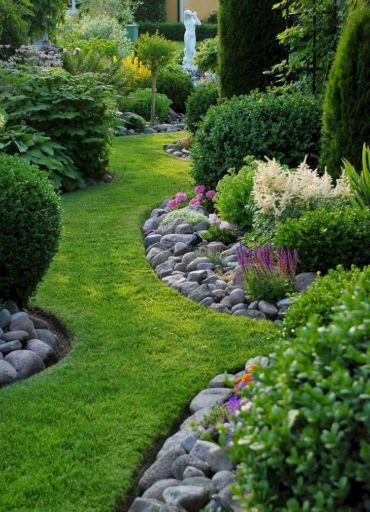 Beautiful Front Yard Landscaping Ideas On A Budget 01