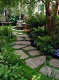 Beautiful Front Yard Landscaping Ideas On A Budget 12
