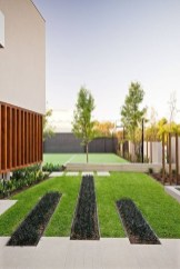 Beautiful Front Yard Landscaping Ideas On A Budget 25