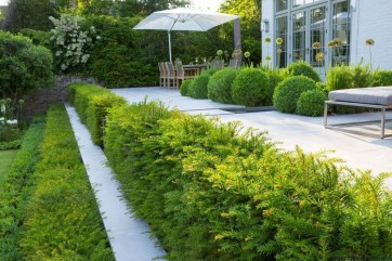 Beautiful Front Yard Landscaping Ideas On A Budget 26