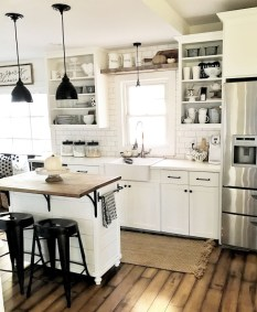 Best DIY Farmhouse Kitchen Decorating Ideas 09