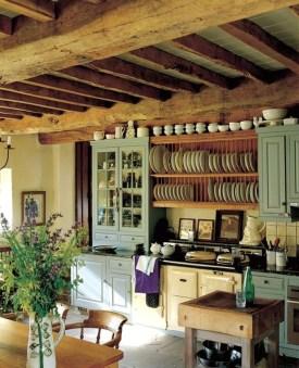Best DIY Farmhouse Kitchen Decorating Ideas 17