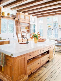 Best DIY Farmhouse Kitchen Decorating Ideas 23