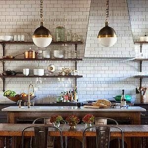 Best DIY Farmhouse Kitchen Decorating Ideas 35