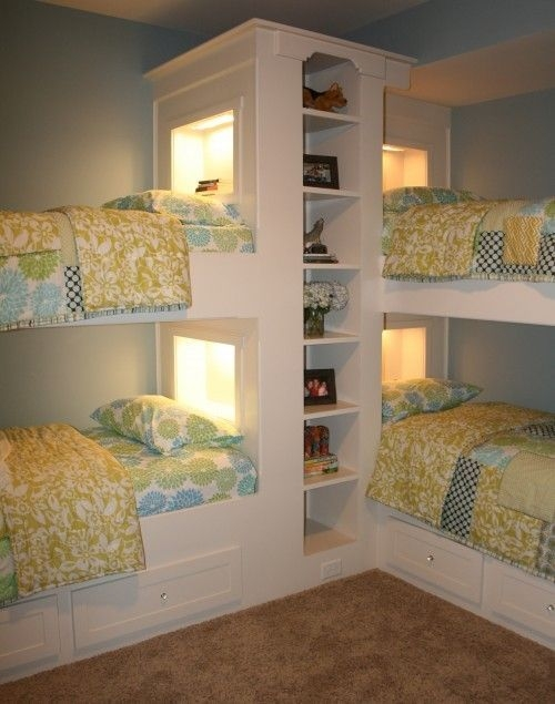 Best Design Small bedroom that Maximizes Style and Efficiency 06