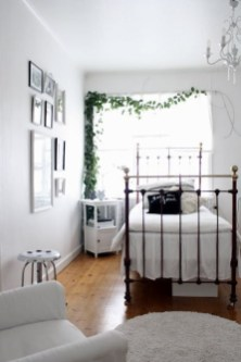 Best Design Small bedroom that Maximizes Style and Efficiency 36