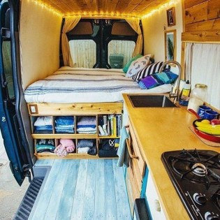 Brilliant Camper Van Conversion for Perfect Outdoor Experience 26
