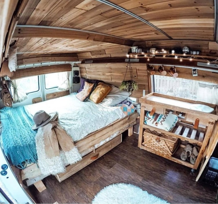 Brilliant Camper Van Conversion for Perfect Outdoor Experience 51