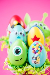 Brilliant DIY Egg Decorating Ideas 01