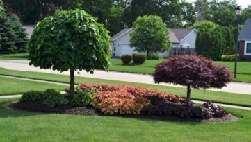 Clever & Beautiful Yard Island Landscaping for Backyard and Front yard 02