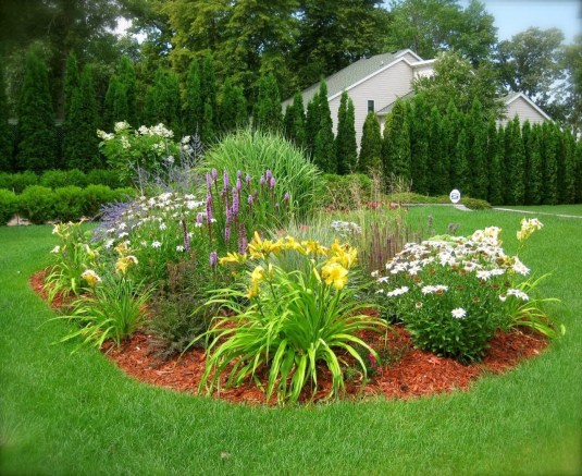 Clever & Beautiful Yard Island Landscaping for Backyard and Front yard 13