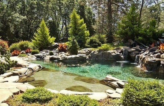 Clever & Beautiful Yard Island Landscaping for Backyard and Front yard 46