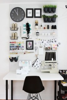 Clever DIY Home Décor to Upgrade your Apartment 09