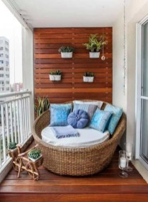 Clever and Creative Decorating Ideas for Small Home 19