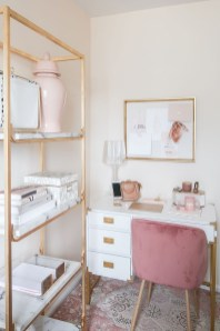 Clever and Creative Decorating Ideas for Small Home 47