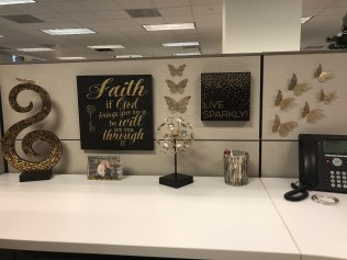 Cubicle Workspace Decorating Ideas 02