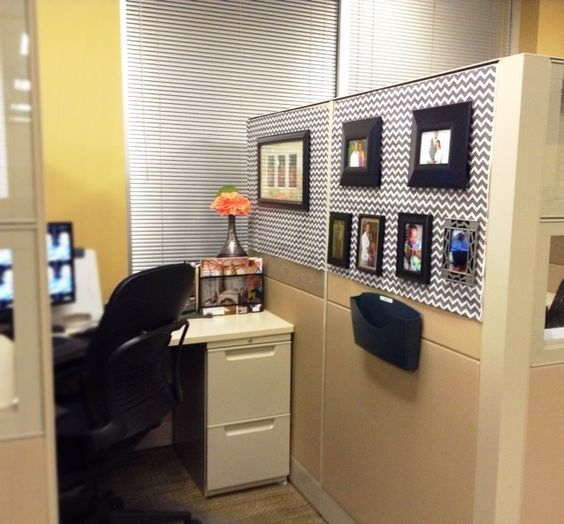 Cubicle Workspace Decorating Ideas 04