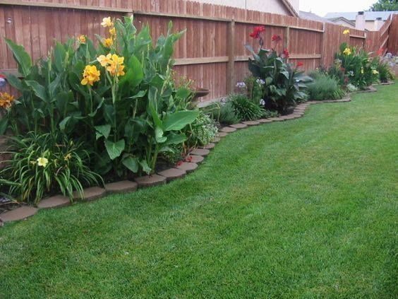 Easy And Low Maintenance Front Yard Landscaping Ideas 45