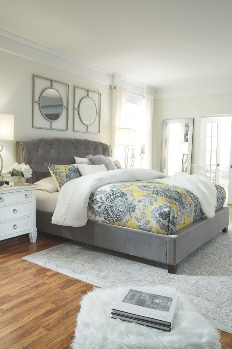 Luxury Huge Bedroom Decorating Ideas 43