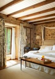 Outstanding Rustic Master Bedroom Decorating Ideas 05