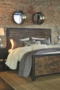Outstanding Rustic Master Bedroom Decorating Ideas 45