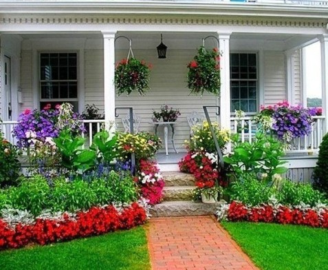 Simple But Beautiful Front Yard Landscaping Ideas 10