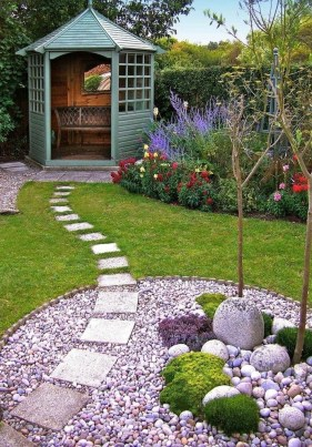 Small Garden Design Ideas With Awesome Design 19