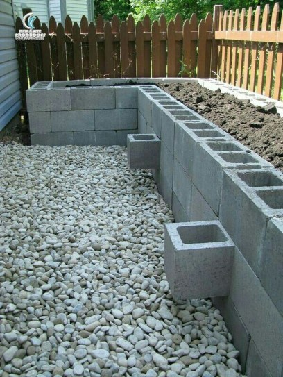 Amazing Privacy Fence Ideas to Perfect Your Backyard 39