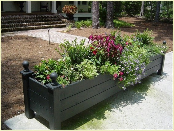 Amazingly Creative Long Planter Ideas for Your Patio 50