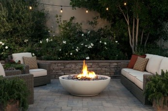 Backyard Patio Ideas That Will Amaze and Inspire You 37