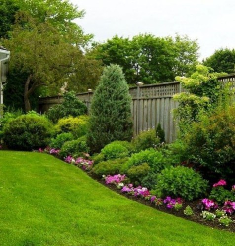 Beautiful Backyard Landscaping Design Ideas With Low Maintenance 10