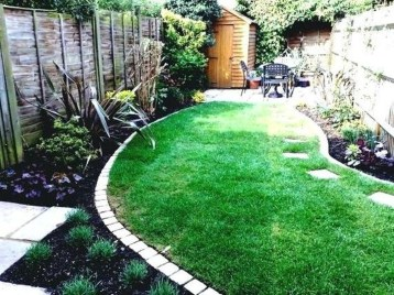 Beautiful Backyard Landscaping Design Ideas With Low Maintenance 16