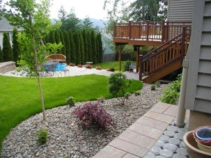 Beautiful Backyard Landscaping Design Ideas With Low Maintenance 23