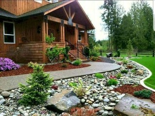 Beautiful Backyard Landscaping Design Ideas With Low Maintenance 24