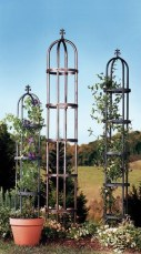 Cool DIY Garden Trellis Ideas 02