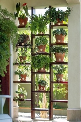 Cool DIY Vertical Garden for Front Porch Ideas 27