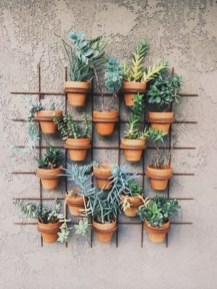 Cool DIY Vertical Garden for Front Porch Ideas 32