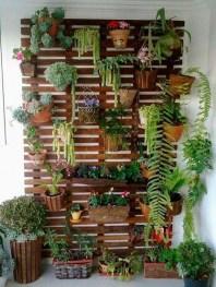 Cool DIY Vertical Garden for Front Porch Ideas 38