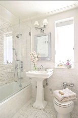 Cool Minimalist Bathroom to Add to Your Dream Home Decor 65