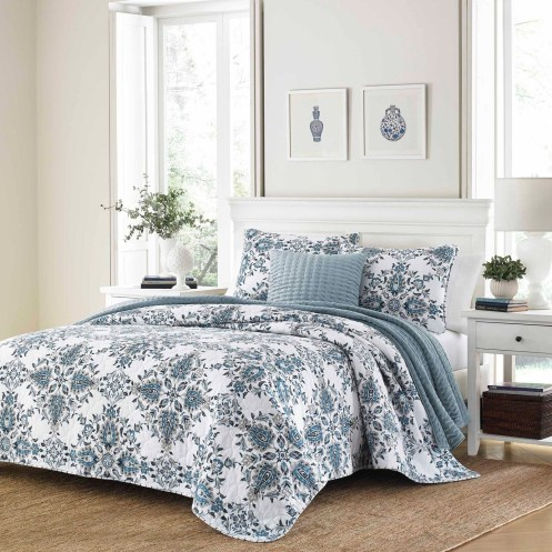 Huge Bedroom Decorating Ideas 12