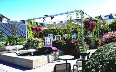 Inspiring Garden Terrace Design Ideas with Awesome Design 11