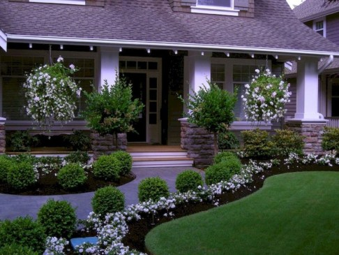 Landscaping Front Yard Ideas to Beautify Your Garden Design 20