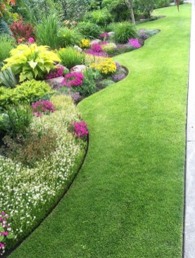 Landscaping Front Yard Ideas to Beautify Your Garden Design 29