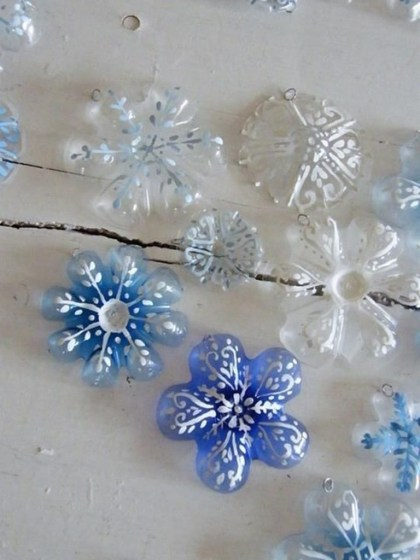 Recycled and Reuse Empty Plastic Bottles Into a String of Lights Ideas 14
