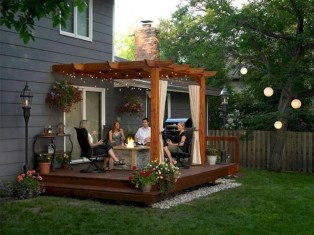 Small Backyard Patio Ideas On a Budget 35