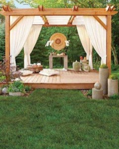 Small Backyard Patio Ideas On a Budget 44