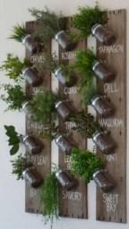 Stunning DIY Vertical Garden Design Ideas 11