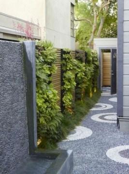 Stunning DIY Vertical Garden Design Ideas 18