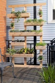 Stunning DIY Vertical Garden Design Ideas 47