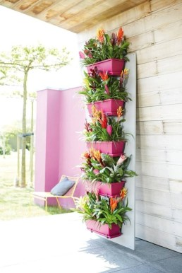 Stunning DIY Vertical Garden Design Ideas 54